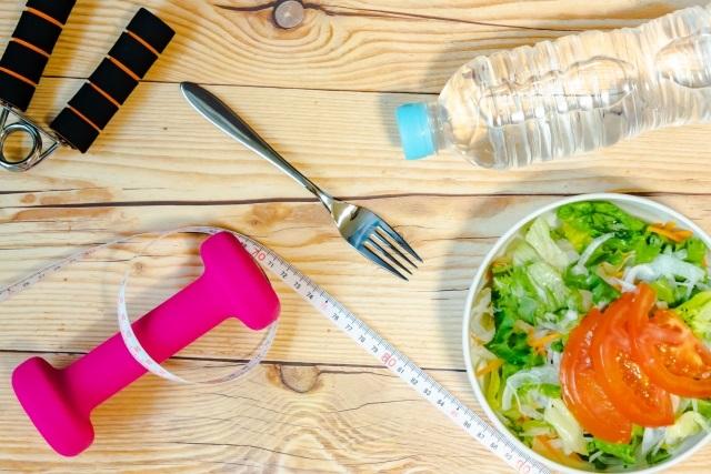 サラダと健康器具